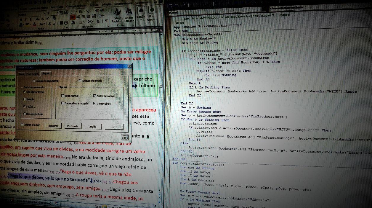 Imagen de la pantalla de la computadora con una traducción en proceso y un diálogo personalizado de gestión de lenguas en una ventana de Word sobre el lado izquierdo, y el editor VBA con un script sobre el lado derecho